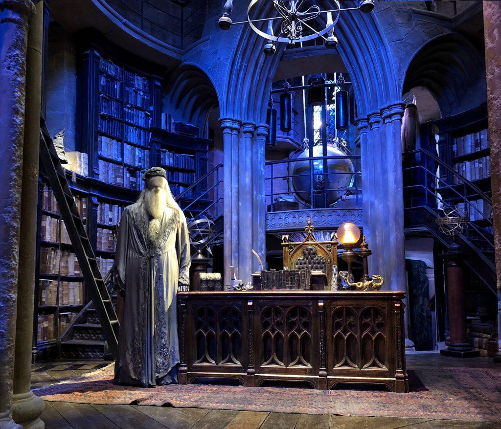 lo studio si Silente a Hogwarts