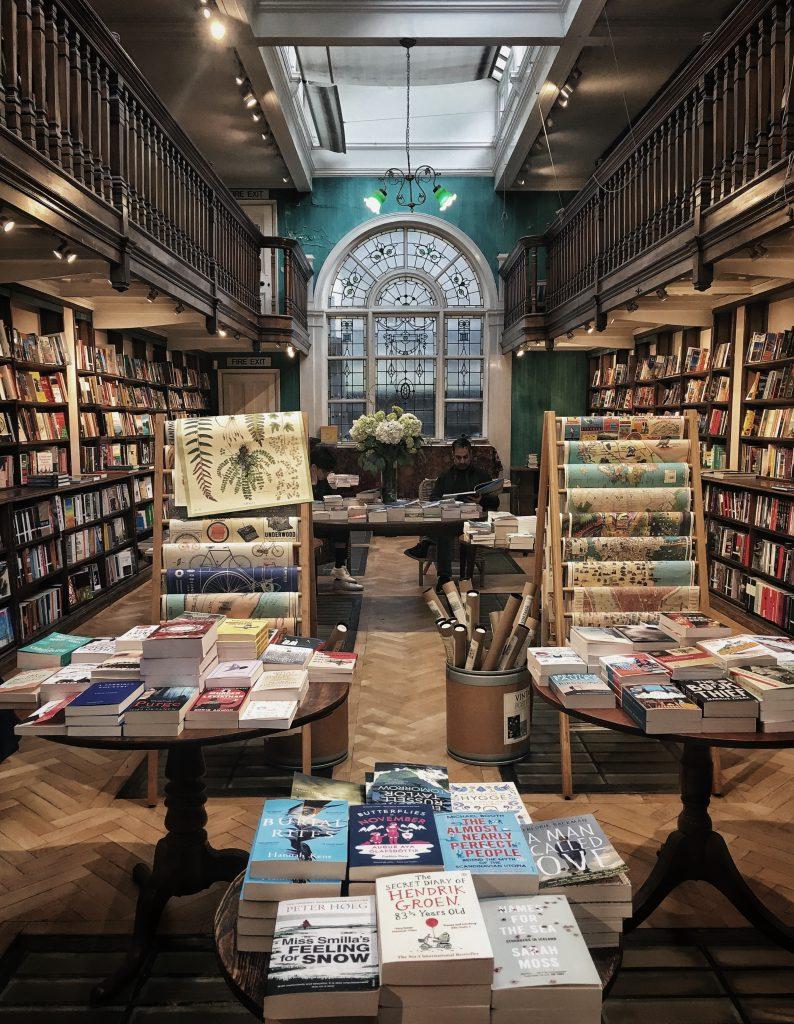 Daunt Books storica libreria di Londra