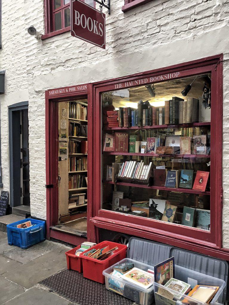 """una libreria """"stregata"""" a Cambridge"""