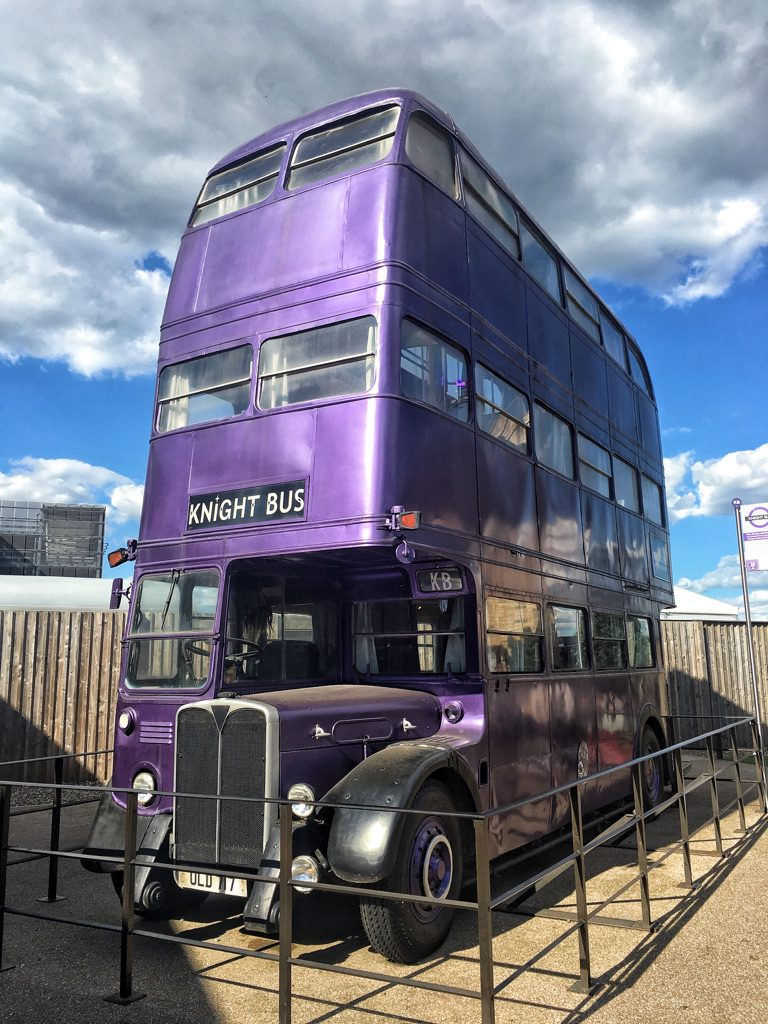 il Knight bus di Harry Potter ai Warner Bros Studios di Londra