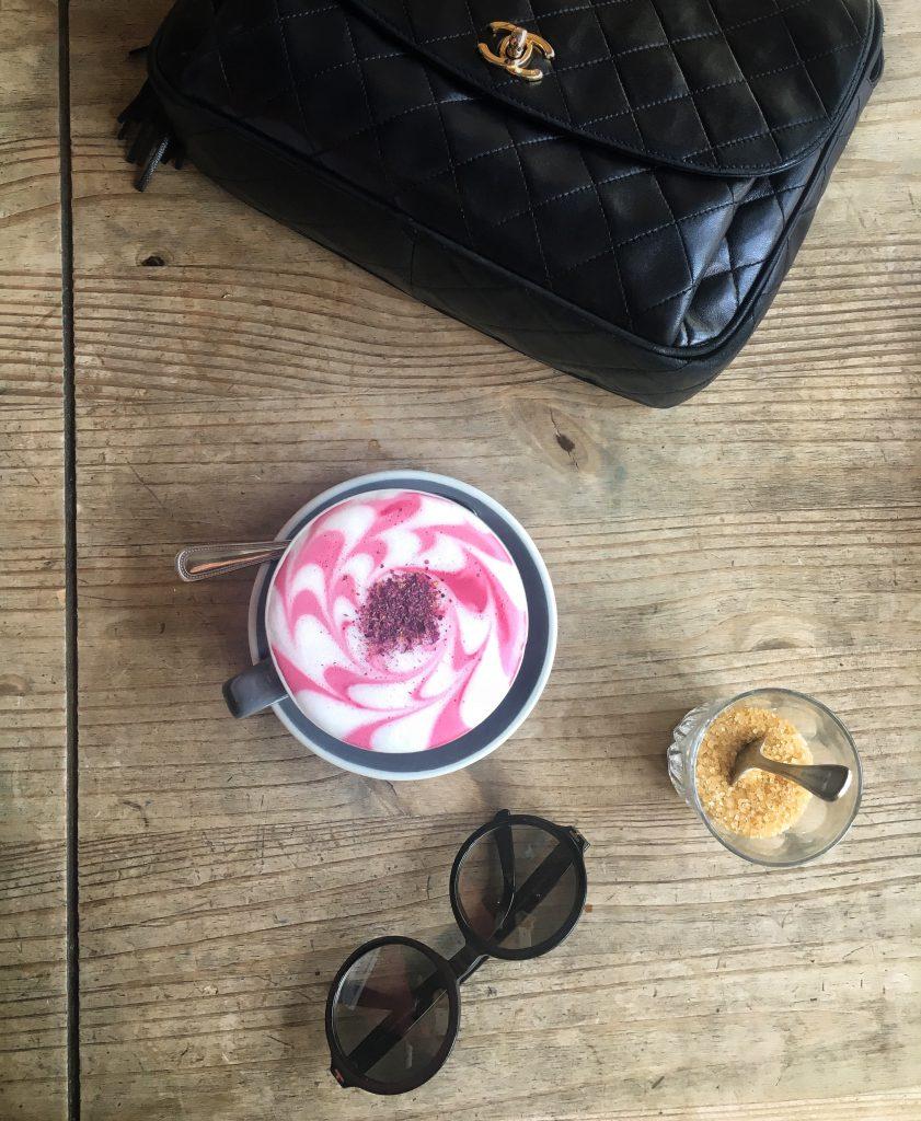 il latte alla rapa rossa di Aida-Shoreditch