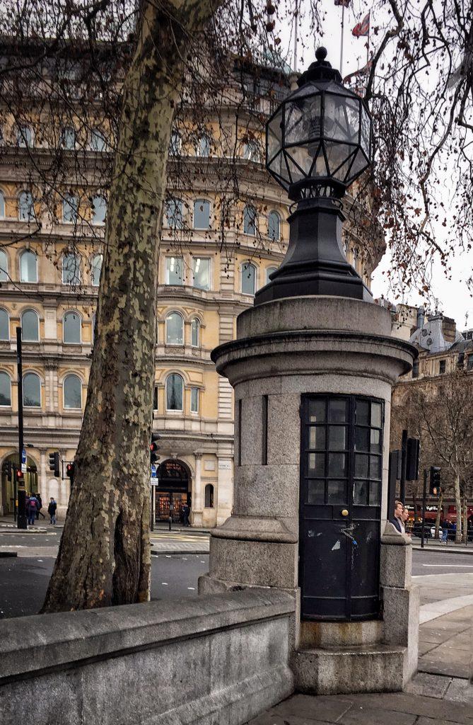 l'ex micro stazione di polizia in Trafalgar Square