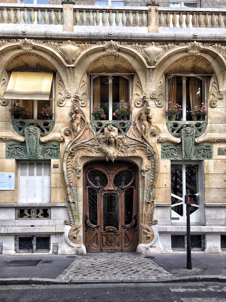 Le Meraviglie Dell Art Nouveau A Parigi Una Soffitta Per Due