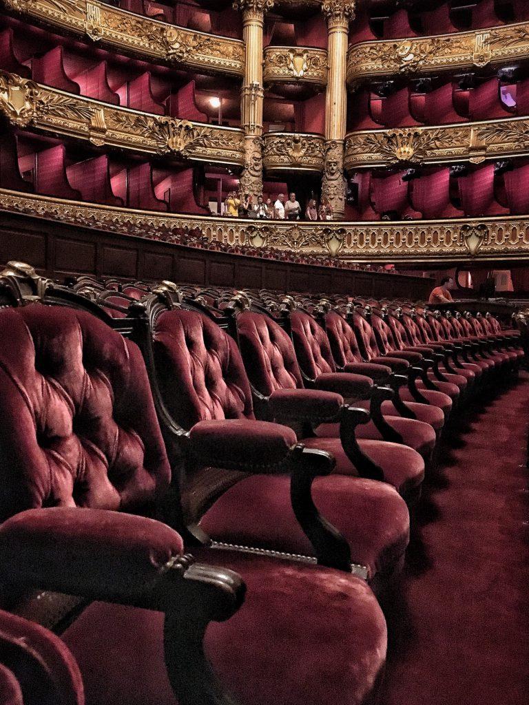 dettagli dell'auditorium dell'opera di Parigi