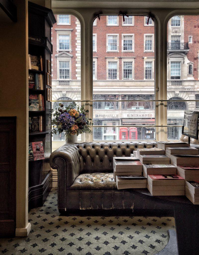 Hatchard's è una delle più antiche librerie di Londra