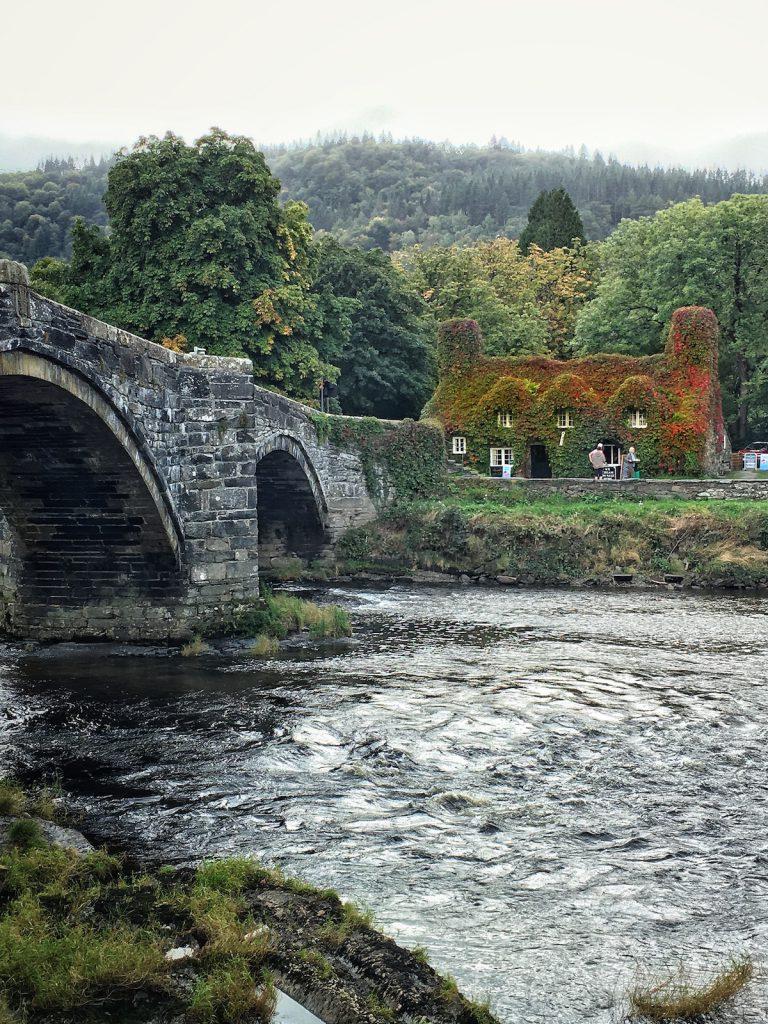 Non si può visitare il Galles senza fare sosta in una delle sue graziose Tea Room