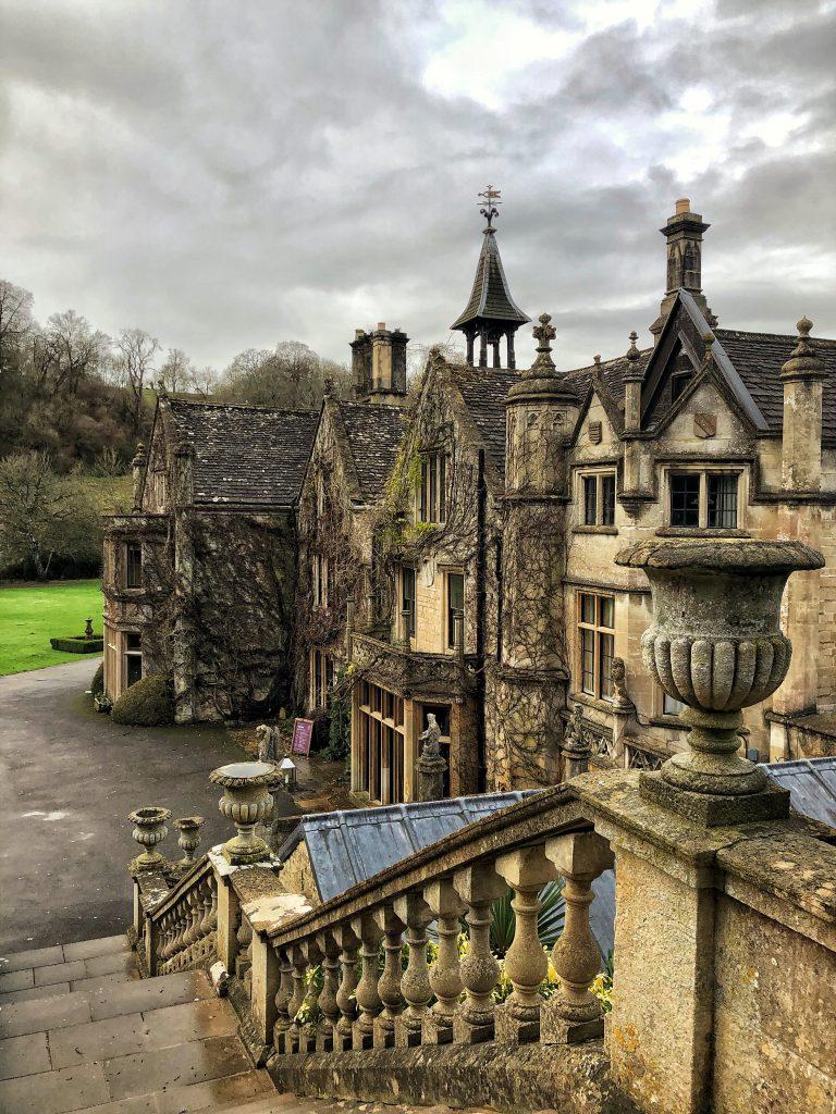 The Manor House, Castle Combe, esterni.